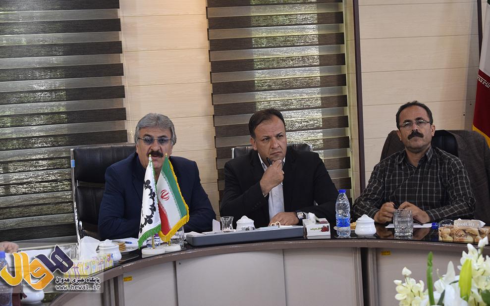 گلایه حیدری،رئیس شورای شهر مهاباد از عدم حضور ادارات خدمت رسان در جلسات علنی
