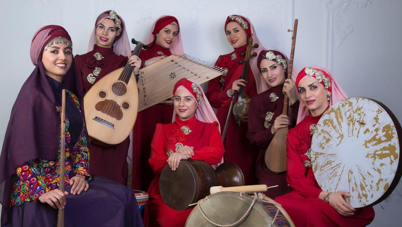 یلدا عباسی هنرمند کرد خراسانی: موسیقی کردی با من عجین است و ریشە در اجداد من دارد