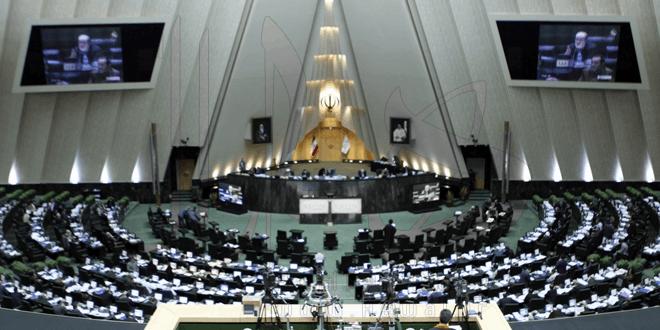 اولین نطق میان دستور نماینده مهاباد ، تکرار سخنرانی استقبال از رئیس جمهور با تغییر فعل ها