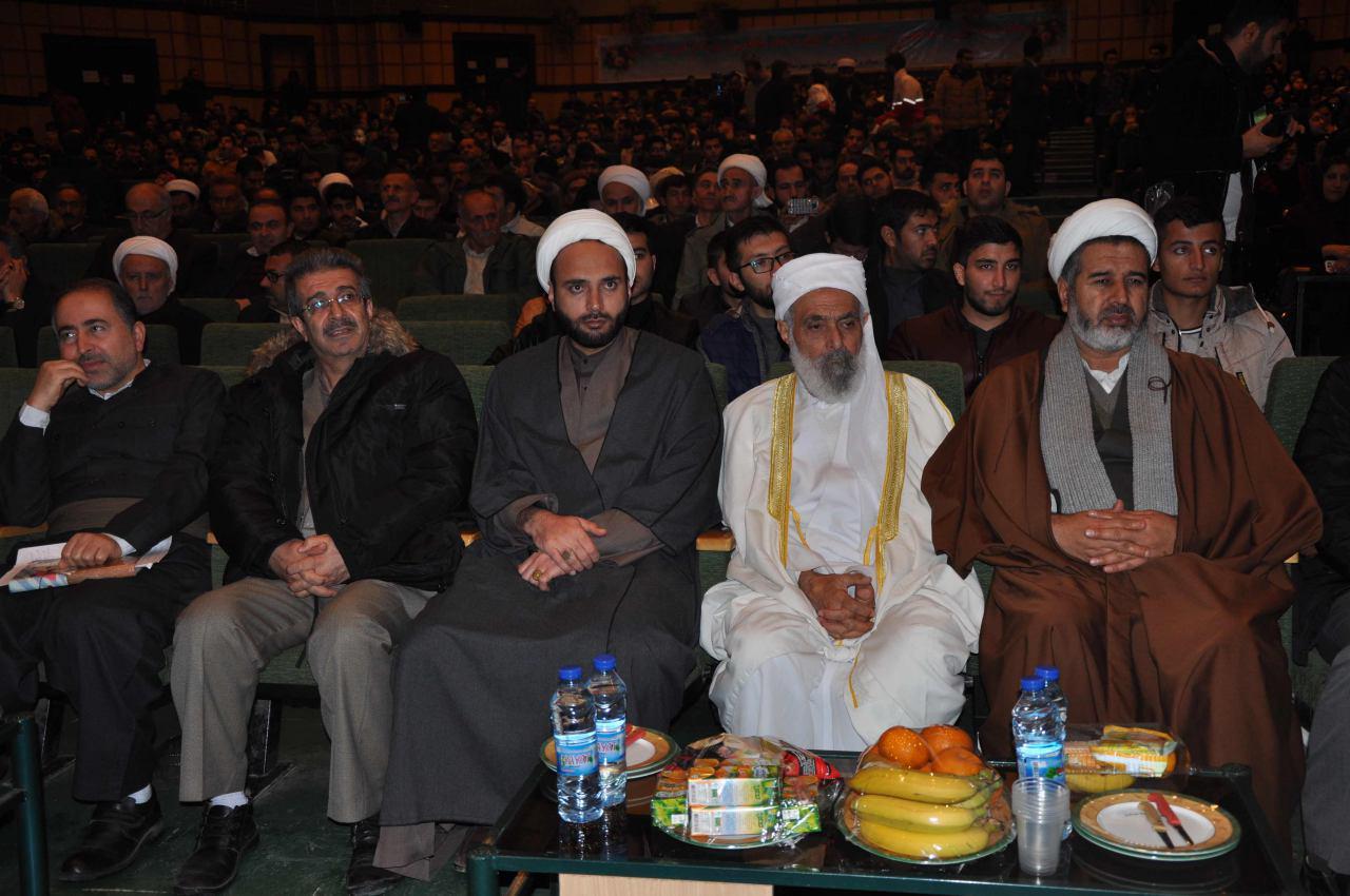 برگزاری همایش امام شافعی ( رض) در مجتمع فرهنگی و هنری وحدت شهرداری مهاباد