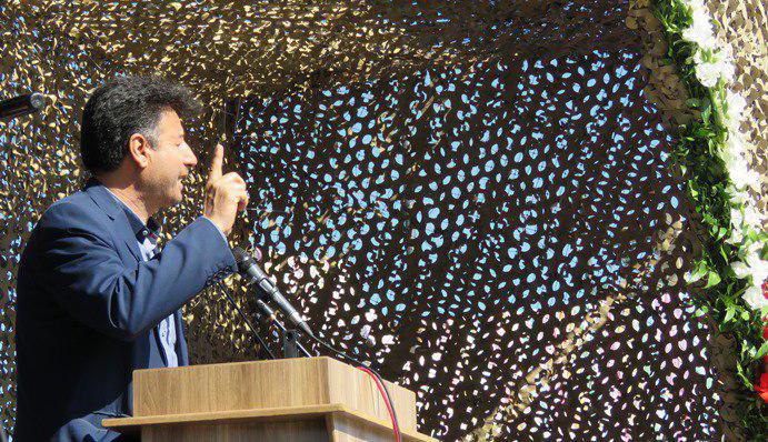 دکتر ایرج شجاعی فرماندار مهاباد